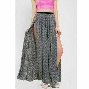 Silence & Noise for UO highslit maxi skirt, EUC